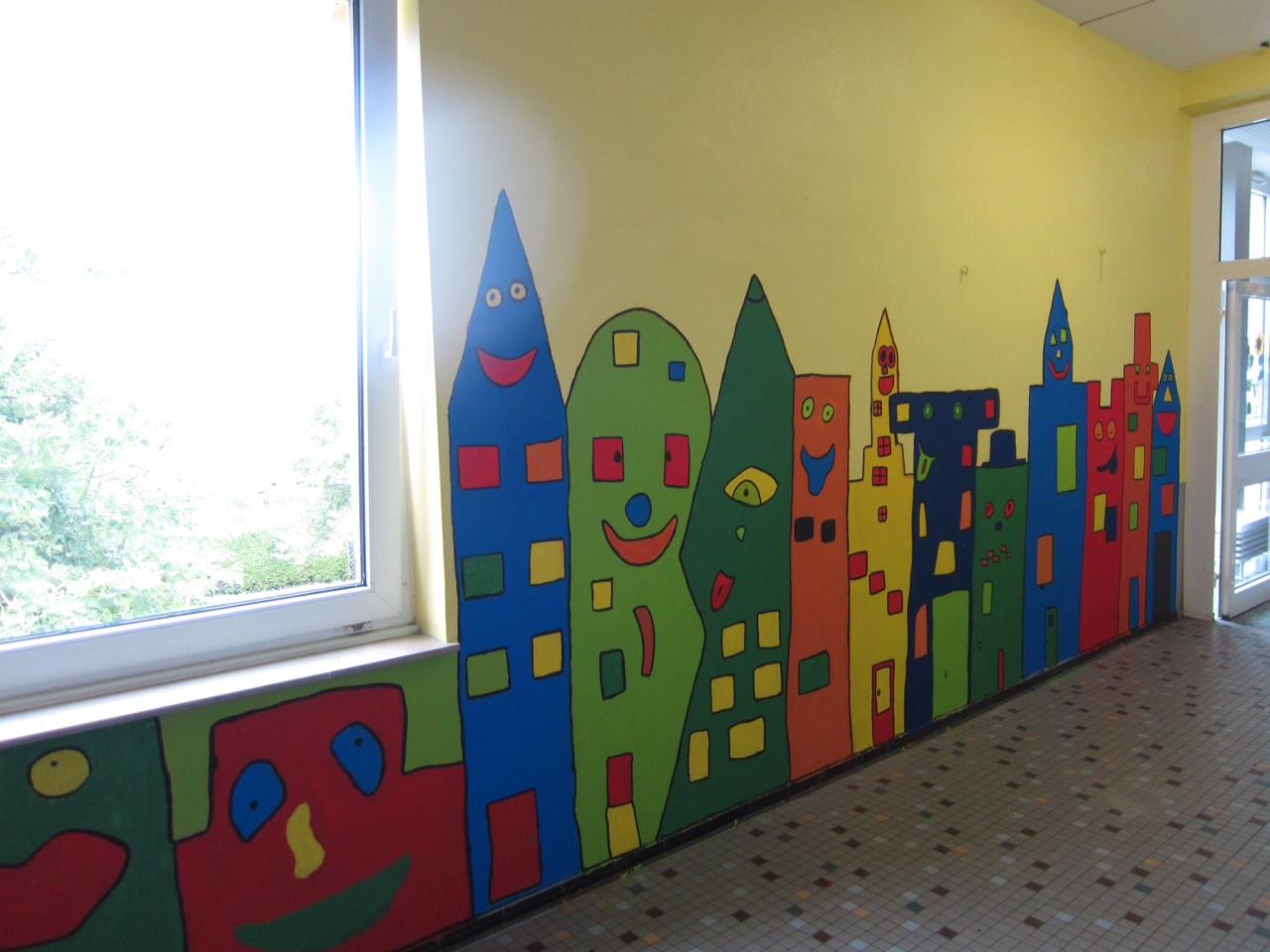 Wandgestaltung christophorus schule in betzdorf bruche for Schule design